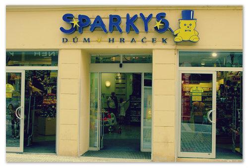 Детский магазин игрушек Sparkys в Праге.