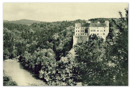 Старинная фотография замка Орлик.
