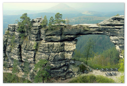 Pravčická brána — творение природы и главная достопримечательность Чешской Швейцарии.
