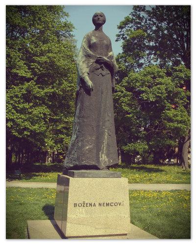 Ещё один памятник знаменитой сказочнице установлен в чешском городе Olomouc.