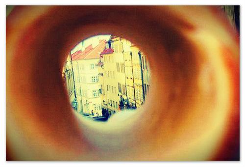А ещё через трдло можно смотреть на Прагу!