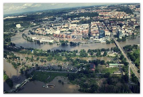 А это Прага в июне 2013 — красиво и страшно.