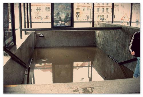 Метро-2002. Пражский метрополитен не сразу оправился после такого удара стихии.