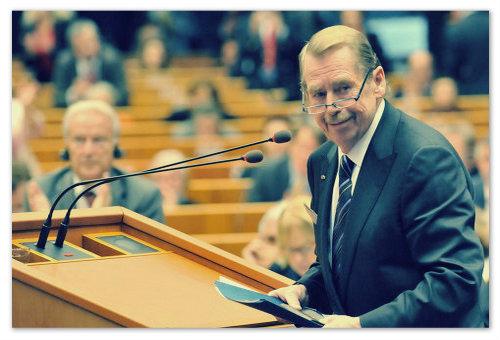 Václav Havel — актёр, писатель, драматург, сценарист, режиссёр, международный общественный деятель, президент Чехословакии и Чехии. Известный русофоб.