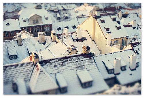 Пражские крыши январским вечером.