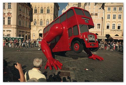 Автобус Давида Чёрного.