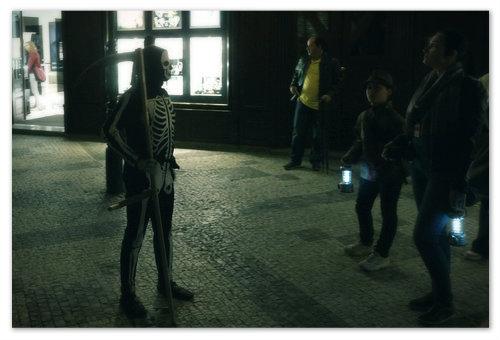 На улицах Праги ночью можно встретить призрак.