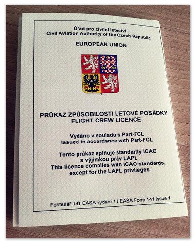 Лицензия пилота, выданная в Чехии.