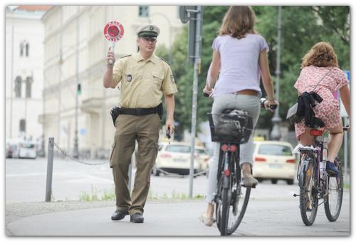 Дорожная полиция Мюнхена.