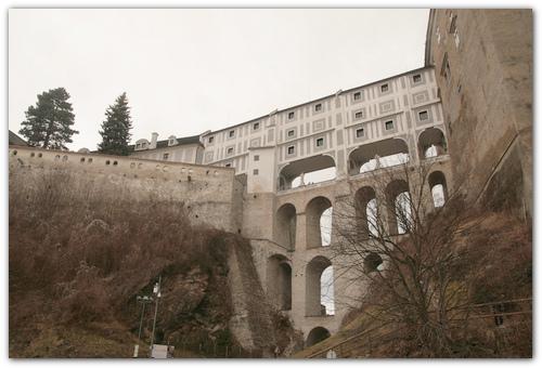 Плащевой мост.
