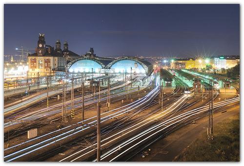 Красивый жд вокзал в Праге.