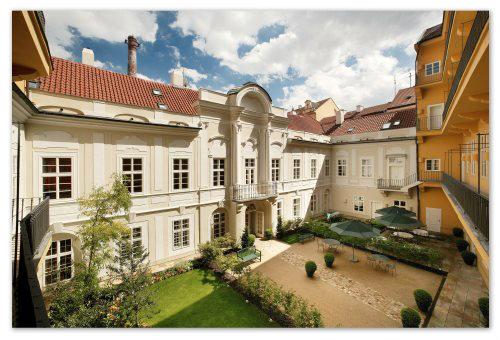 Mamaison Pachtuv Palace Prague 5*