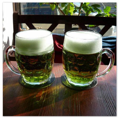 Зелёное пиво.