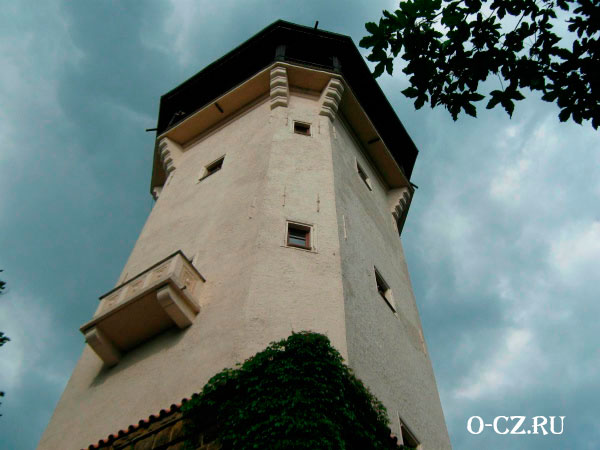 Высокая башня.