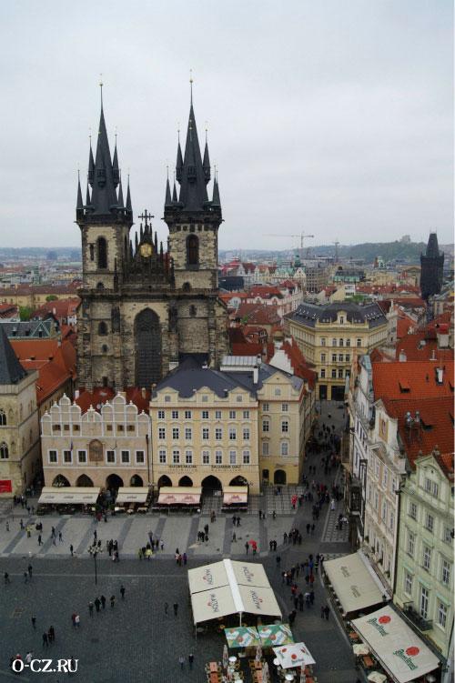 Вид на Прагу с башни.