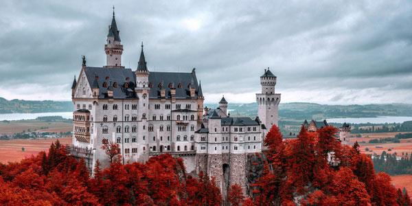 Легендарный Нойшванштайн — самый известный замок в мире.