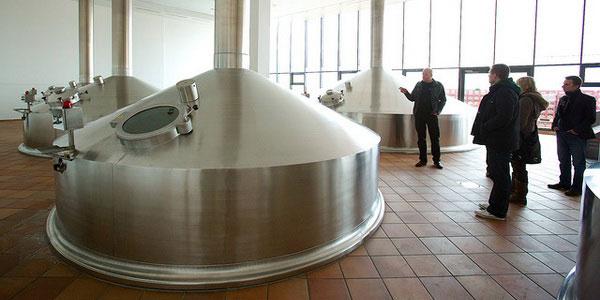 Современное оборудование для пивоварения.