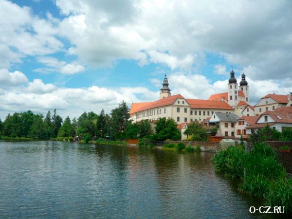 Тельчский замок.
